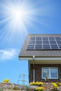 Hohe Strompreise beflügeln Solaranlagen und Speicher